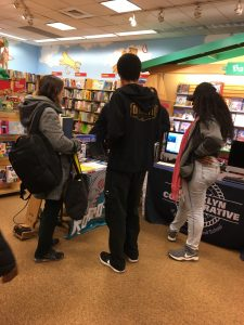 students presenting at Barnes & Noble