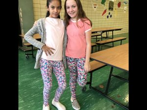 students and staff dressed alike for Twin Day